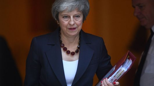 May convinces cabinet over Brexit, plunges nation into apathy