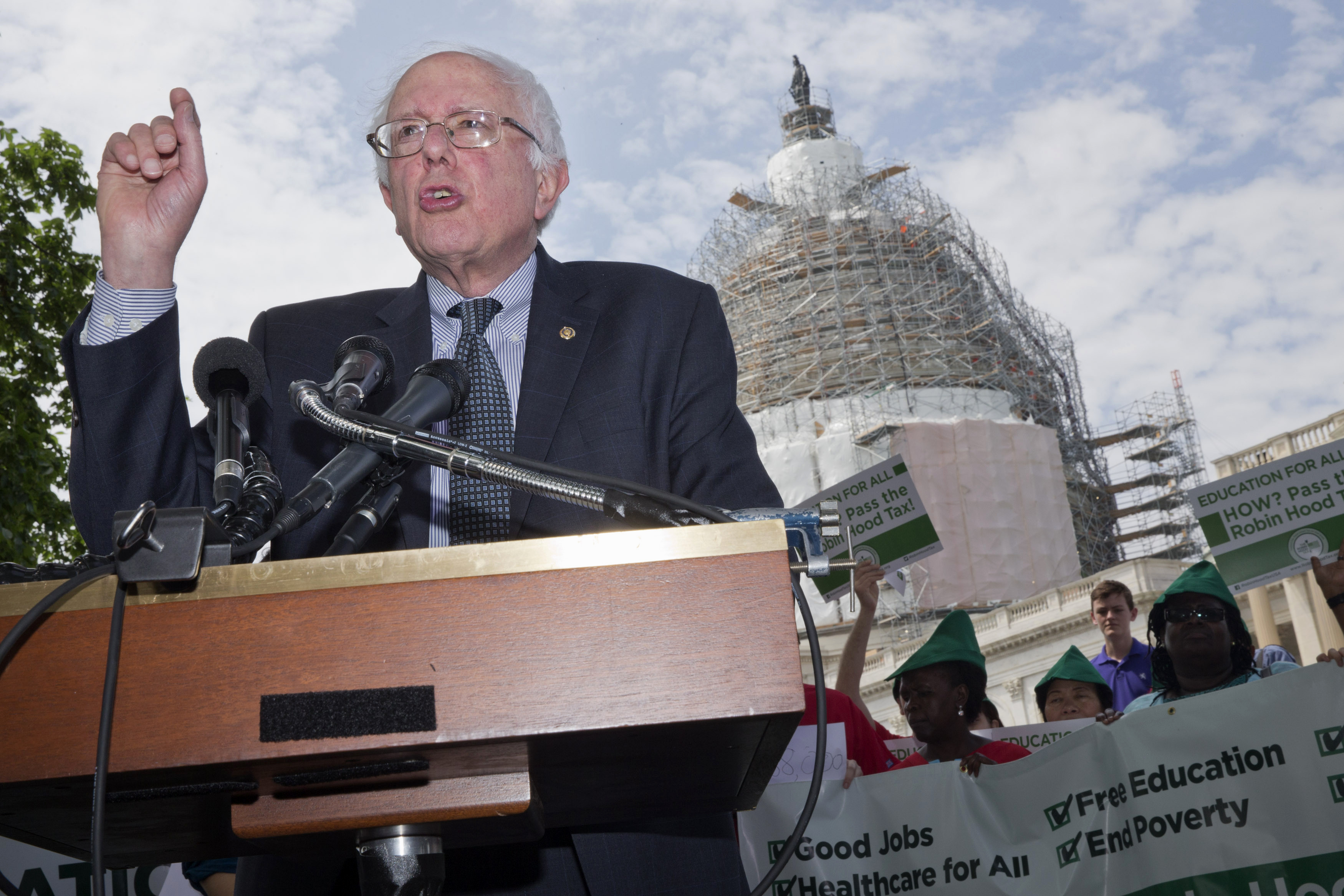 Long Reads: Bernie Sanders, the Unclimbables, Shia in Iraq