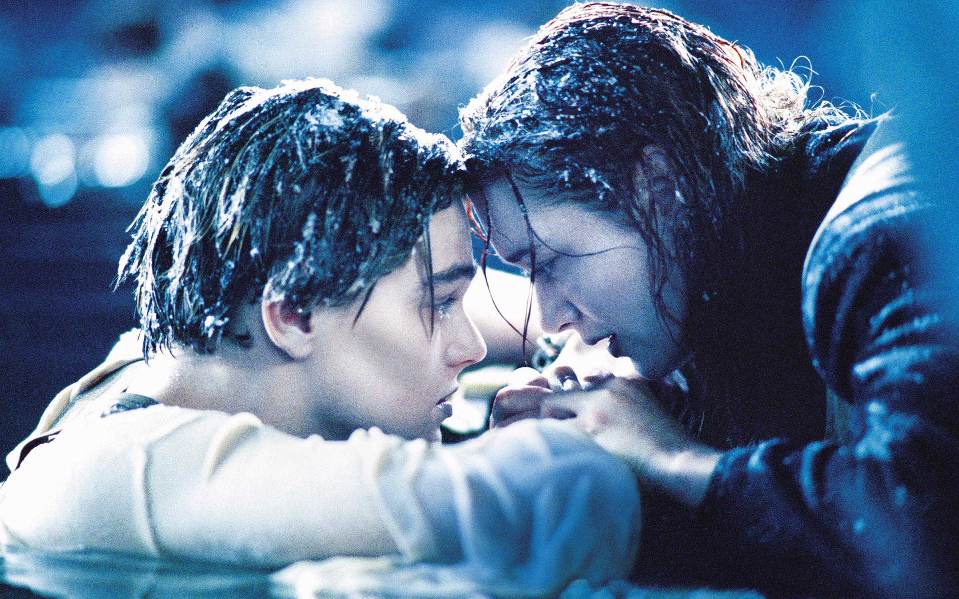 "Fan theory places iceberg as the real hero of ""Titanic"""