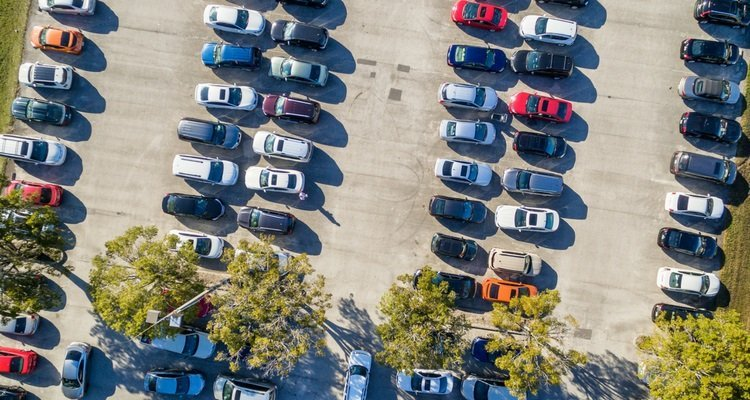 Government must confront public transport parking crisis
