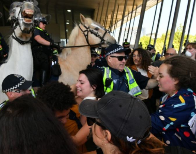This is what the Victorian Police calls 'reasonable' force
