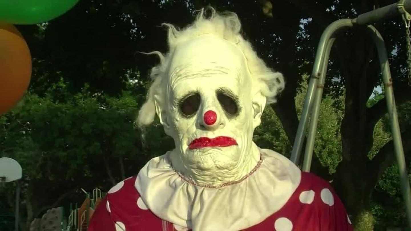 Americans are hiring this elderly clown to terrify their kids