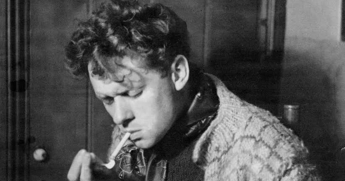 Dylan Thomas: The superior poet colloquially painted a drunk