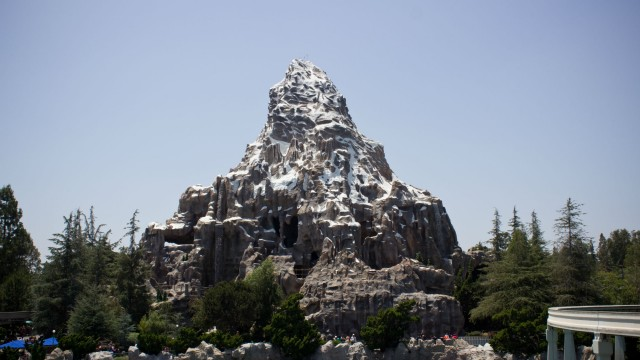Switzerland-matterhorn-disneyland