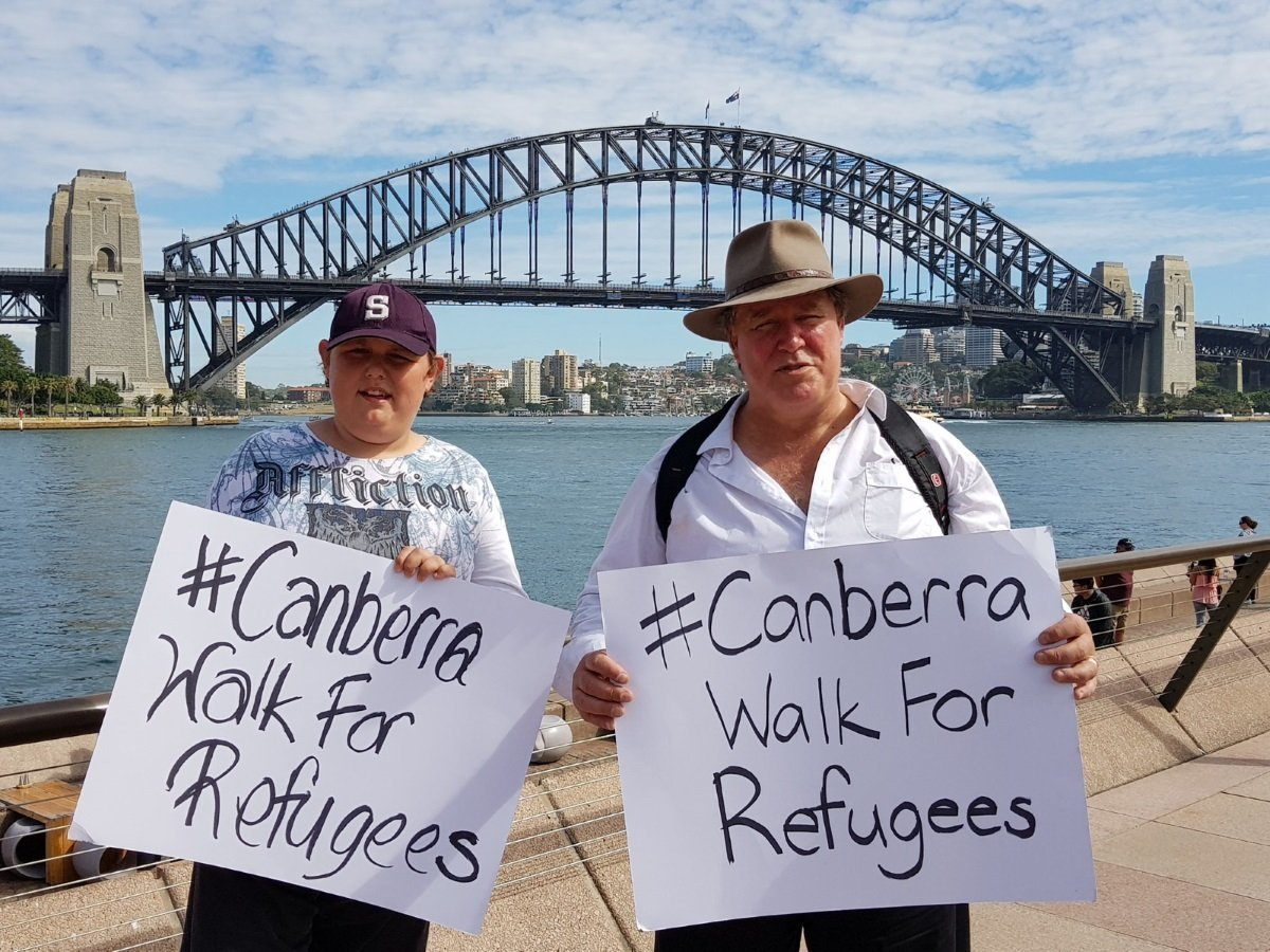 Meet the man walking from Sydney to Canberra to protest our treatment of asylum seekers