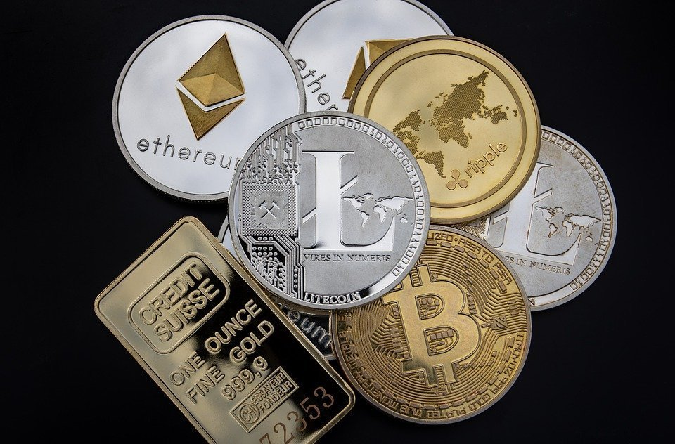 Why You Should Invest in Virtual Currency for Business Success