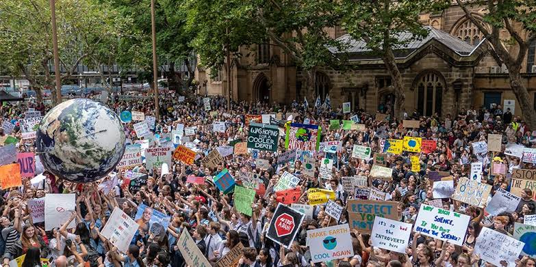 Police violence and ignored celebrity: Musings on a march for the planet gone awry