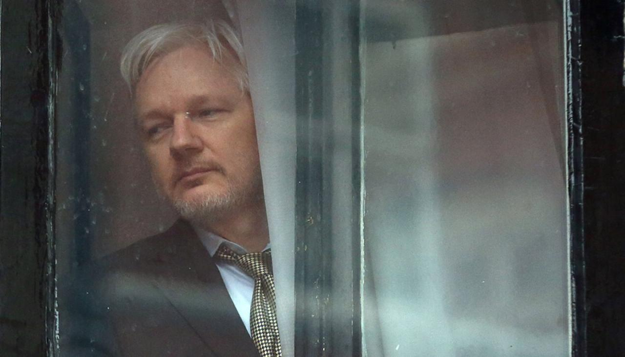 Why have no media outlets stood up for Assange?