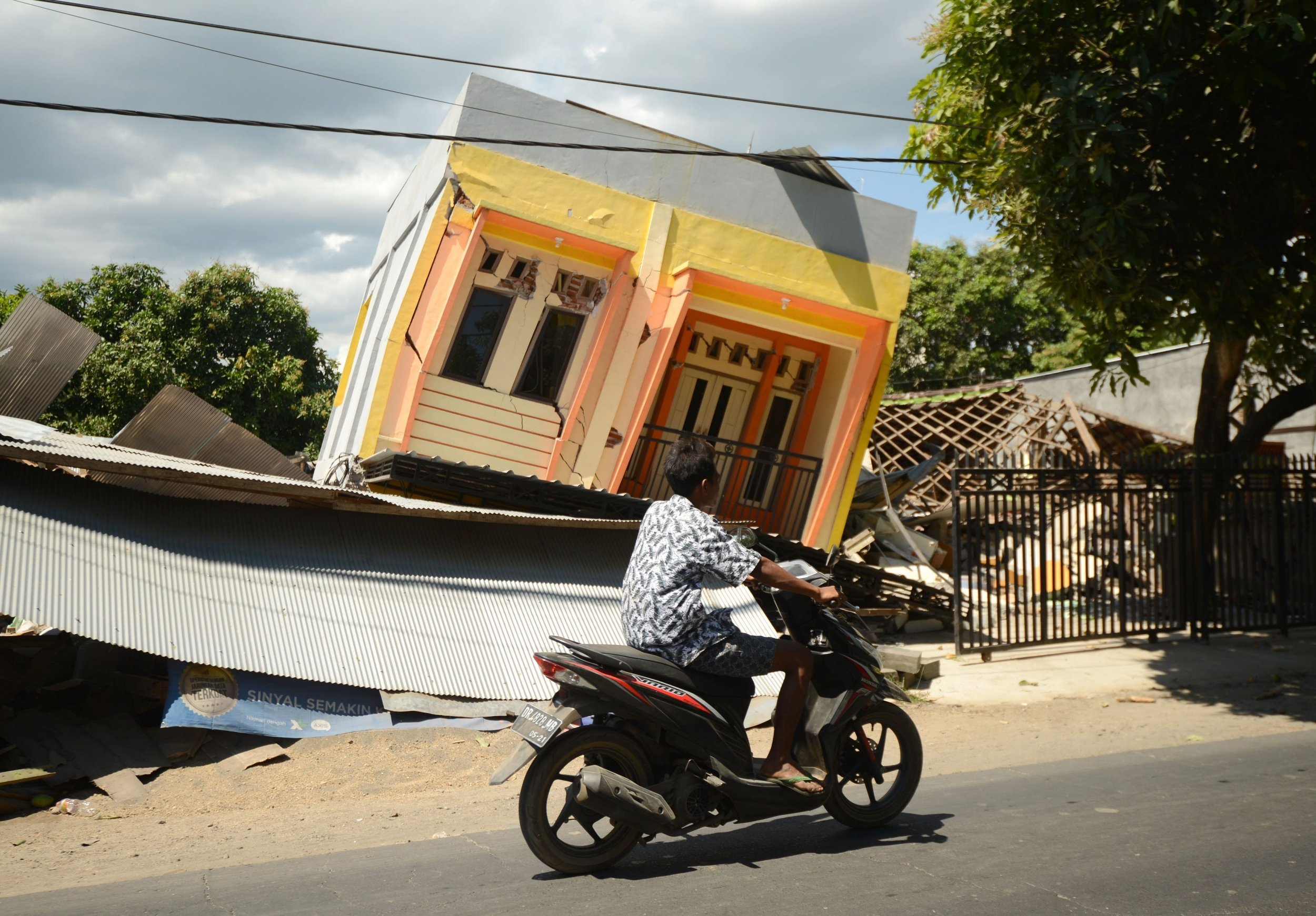 After the devastating earthquake, Indonesia must embrace radical change