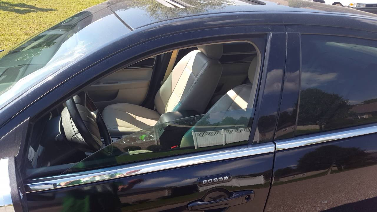Police fining residents for leaving their car windows down