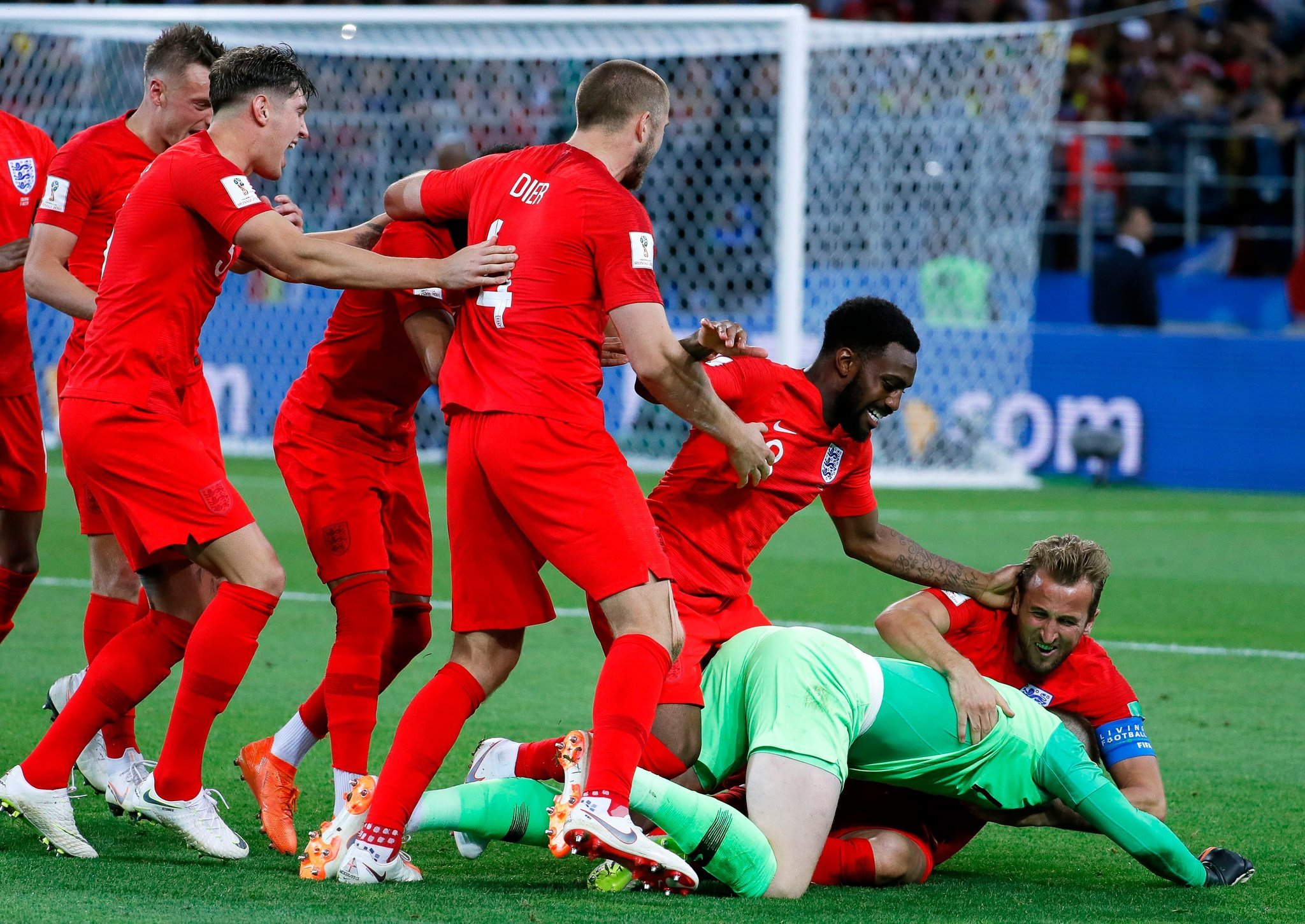 England overcomes themselves to beat Colombia on penalties