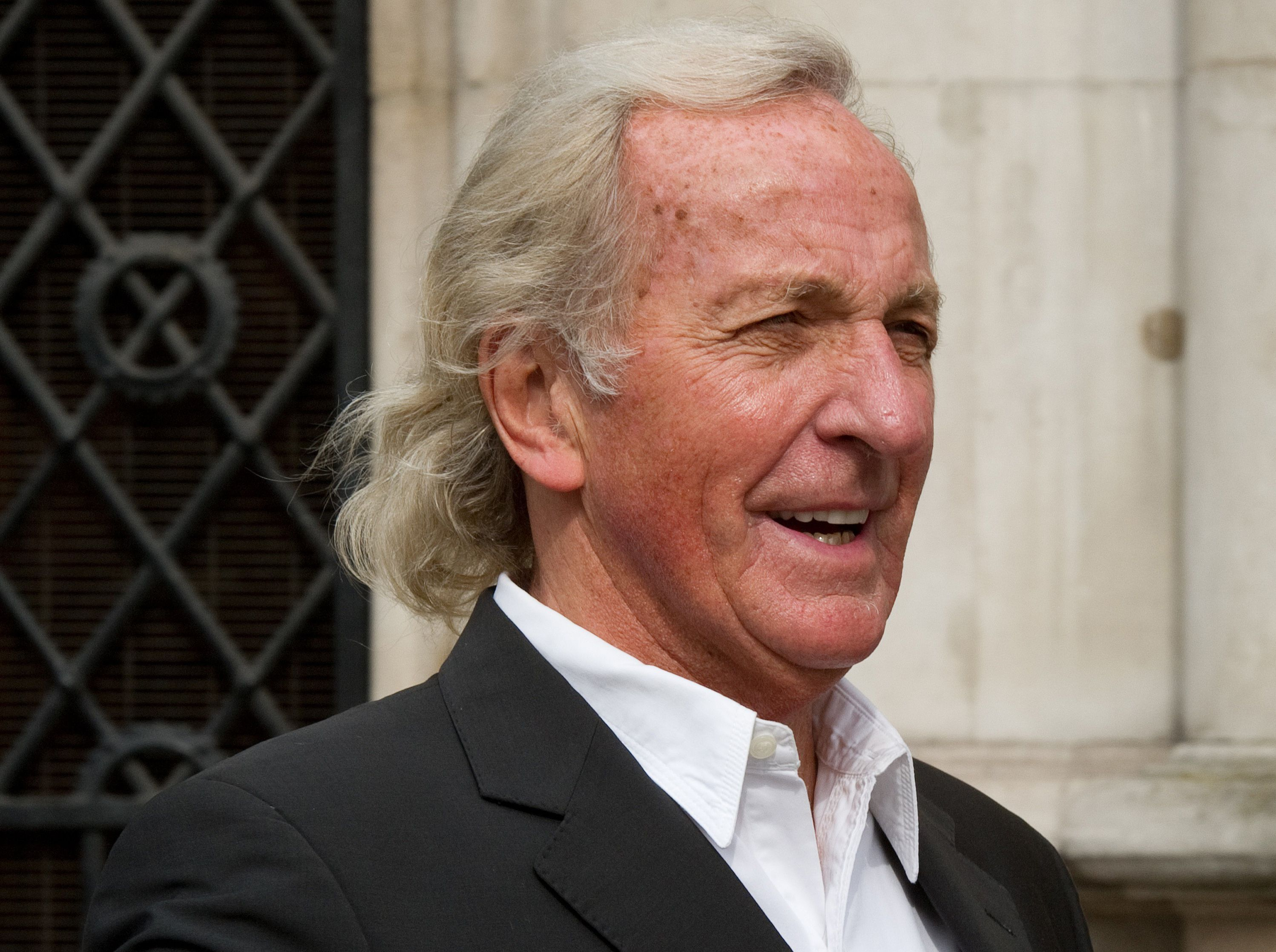 Smoke Signal: John Pilger – You lost my respect @ FODI